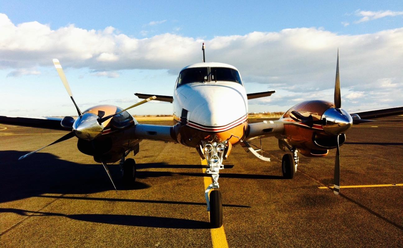 Corsica wine tour, plane ready to take off