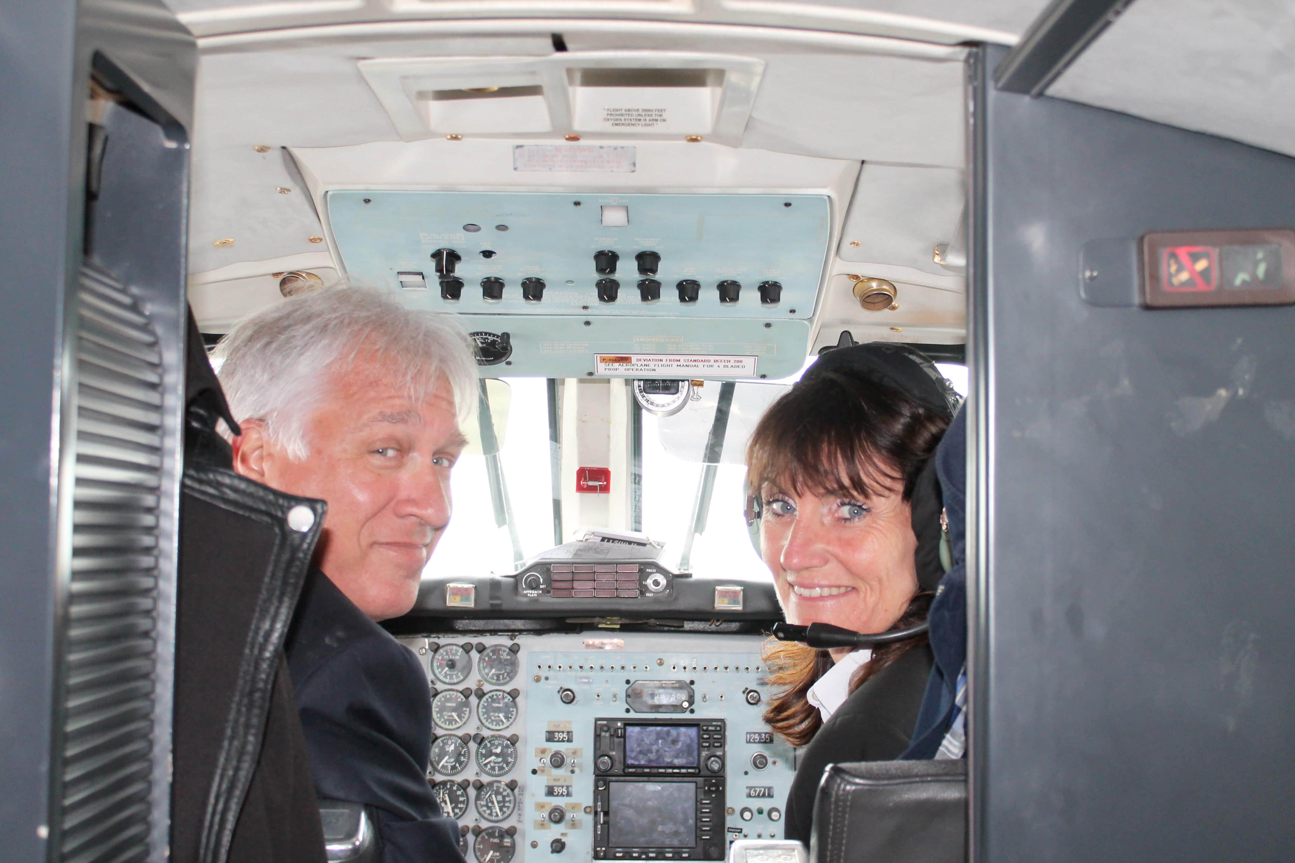 Corsica wine tour, pilot and co-pilot ready to fly