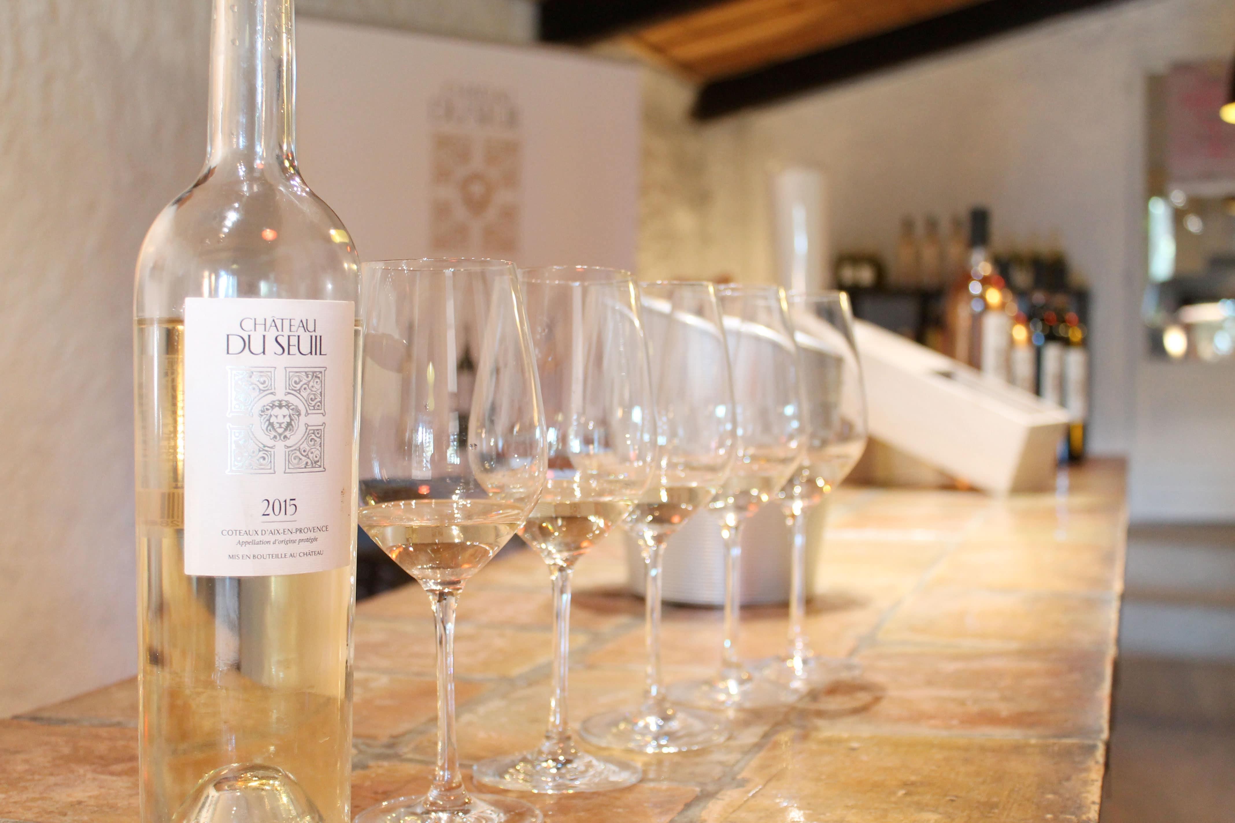 Aix en Provence wine tour, Château du Seuil, white wine tasting
