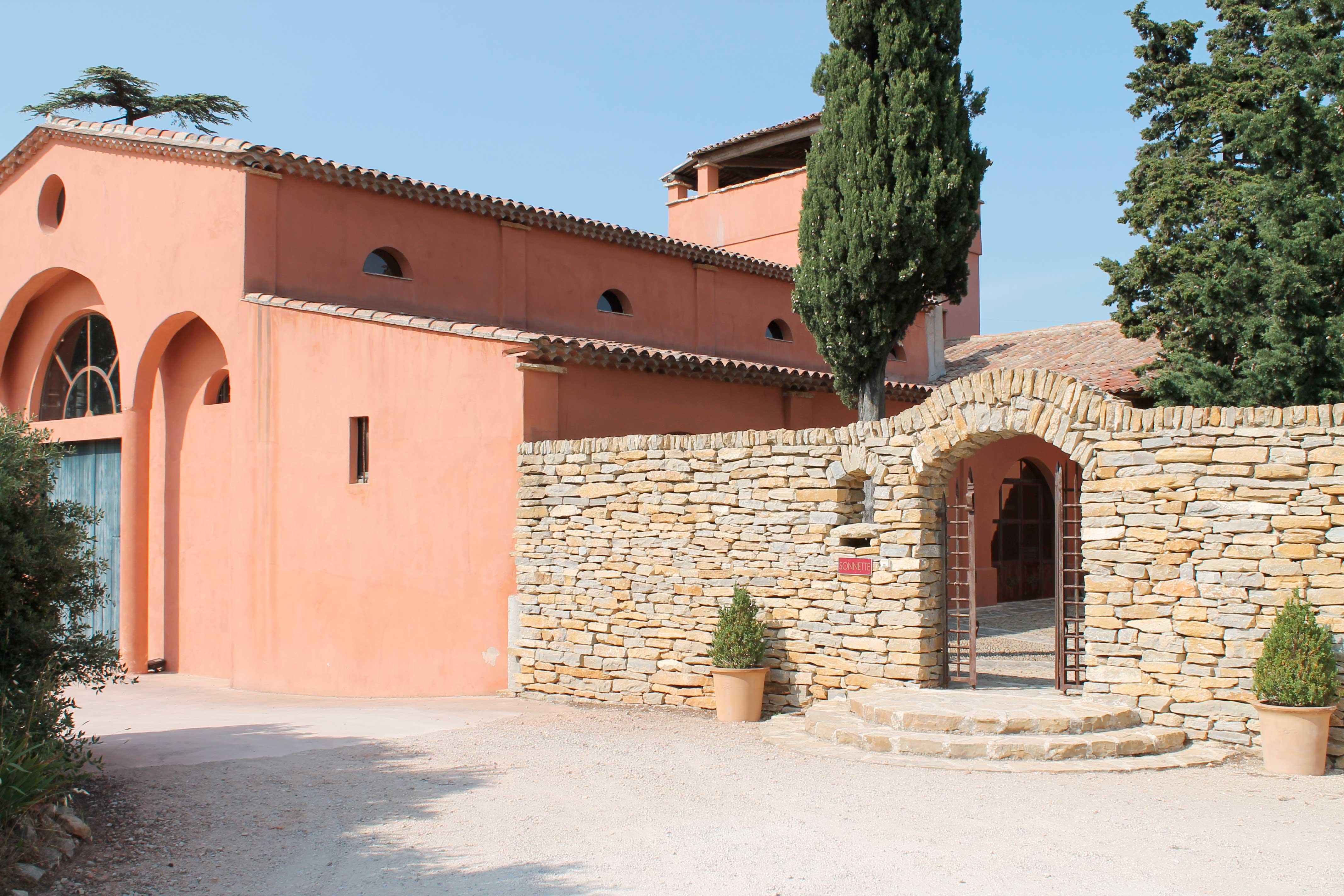 Bandol and Cassis wine tour, entrance wine estate