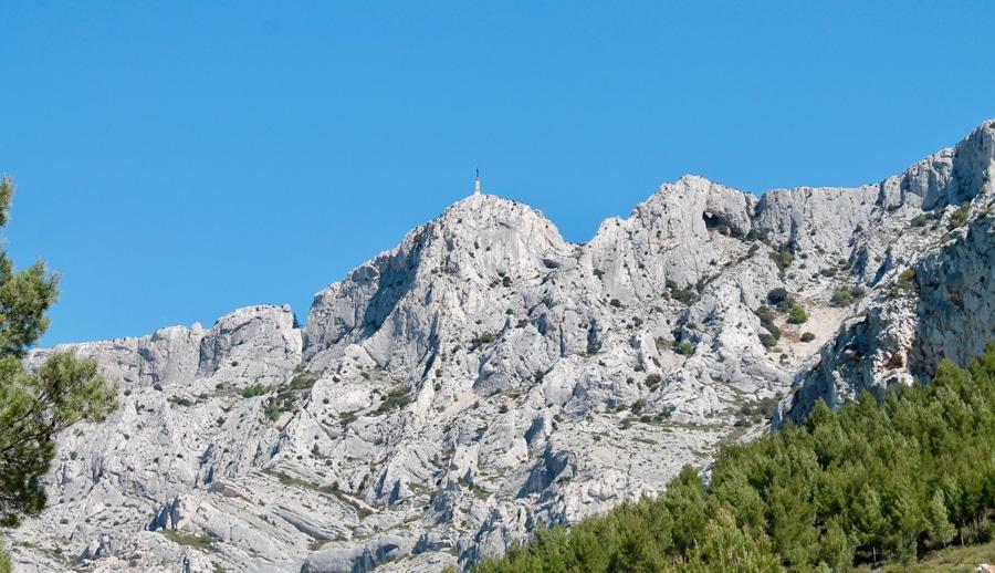 Mount Saint Victoire wine & bike excursion