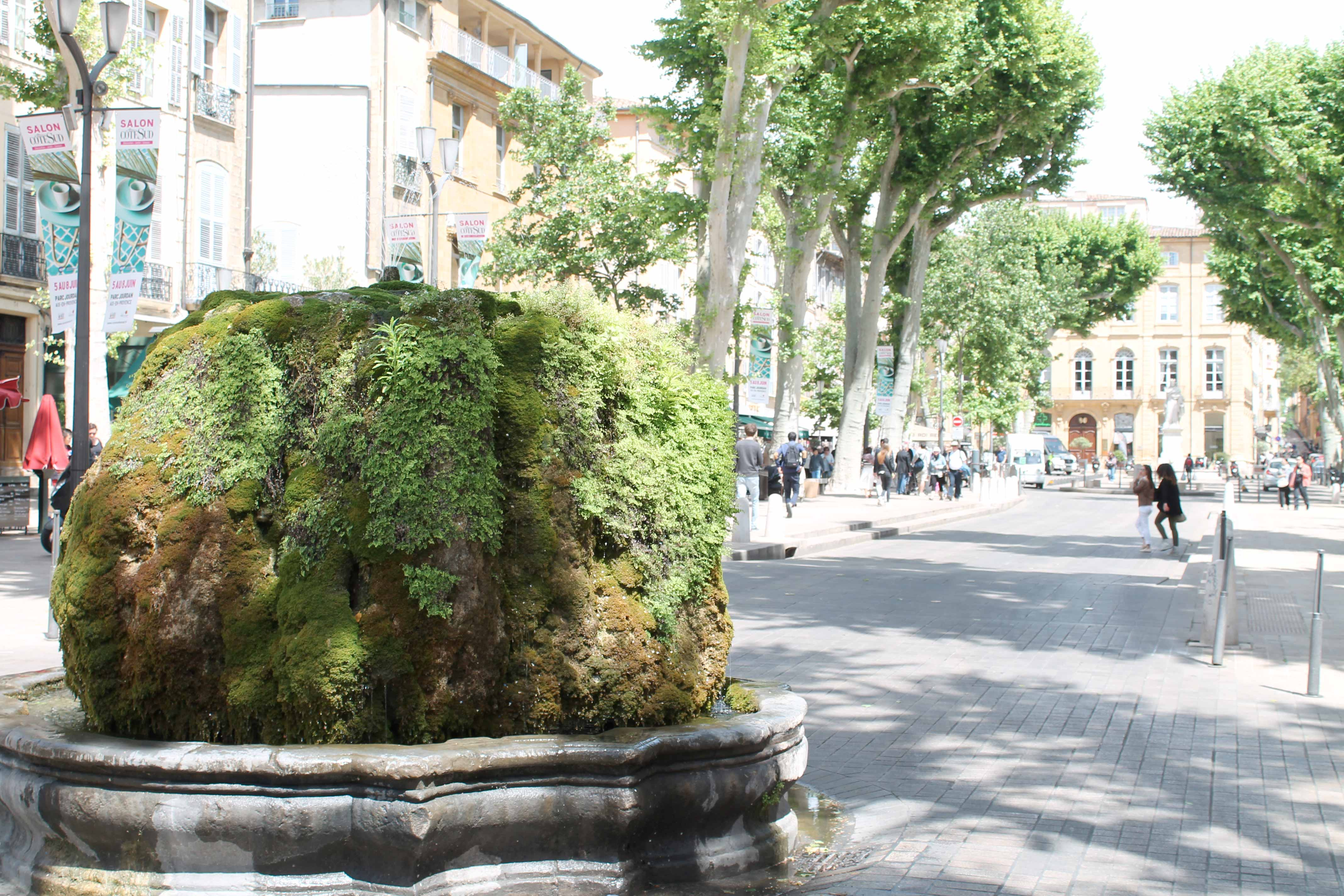 Shore excursion, fontaine moussue, Aix en Provence