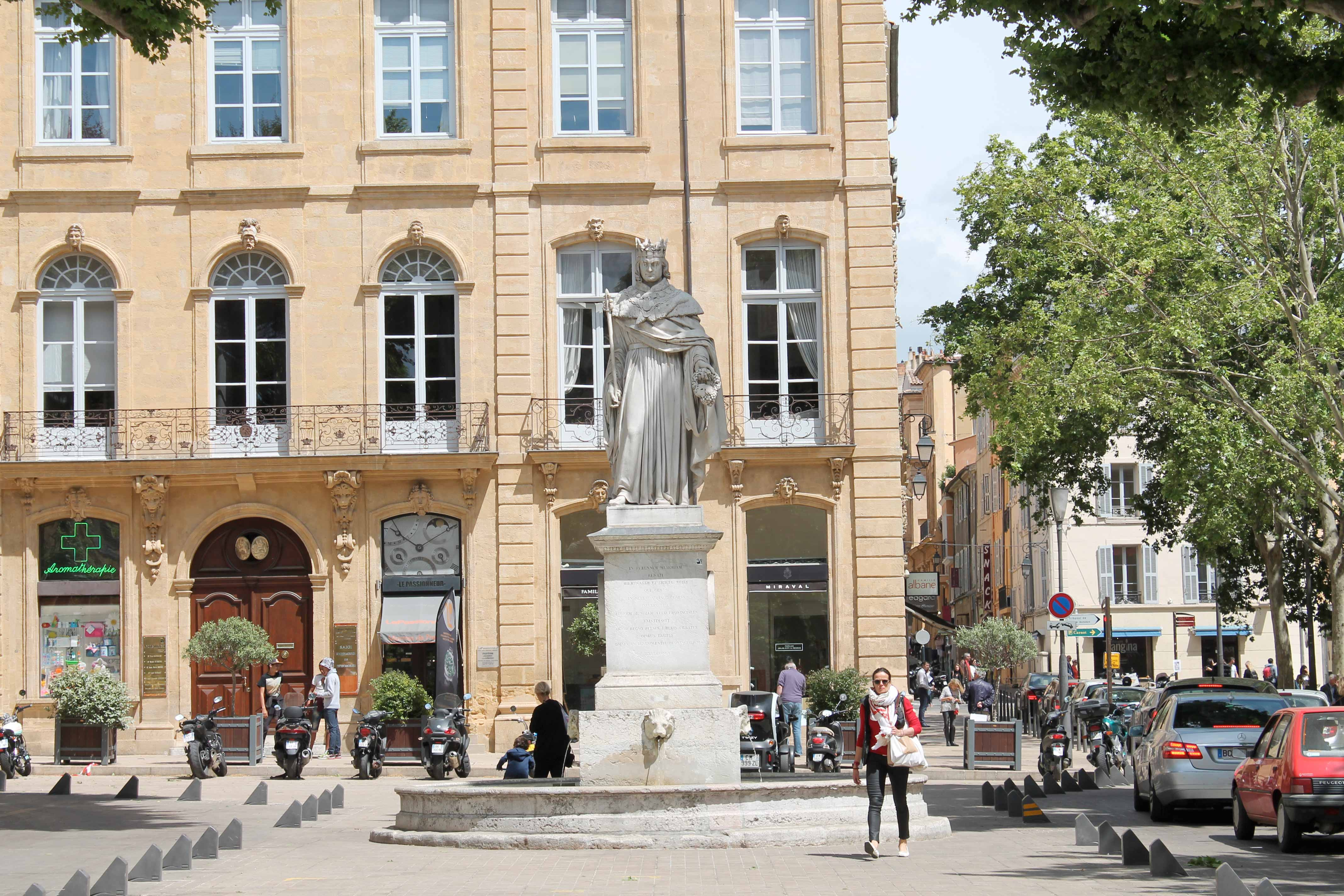 Shore excursion, Roy René statue, Aix en Provence