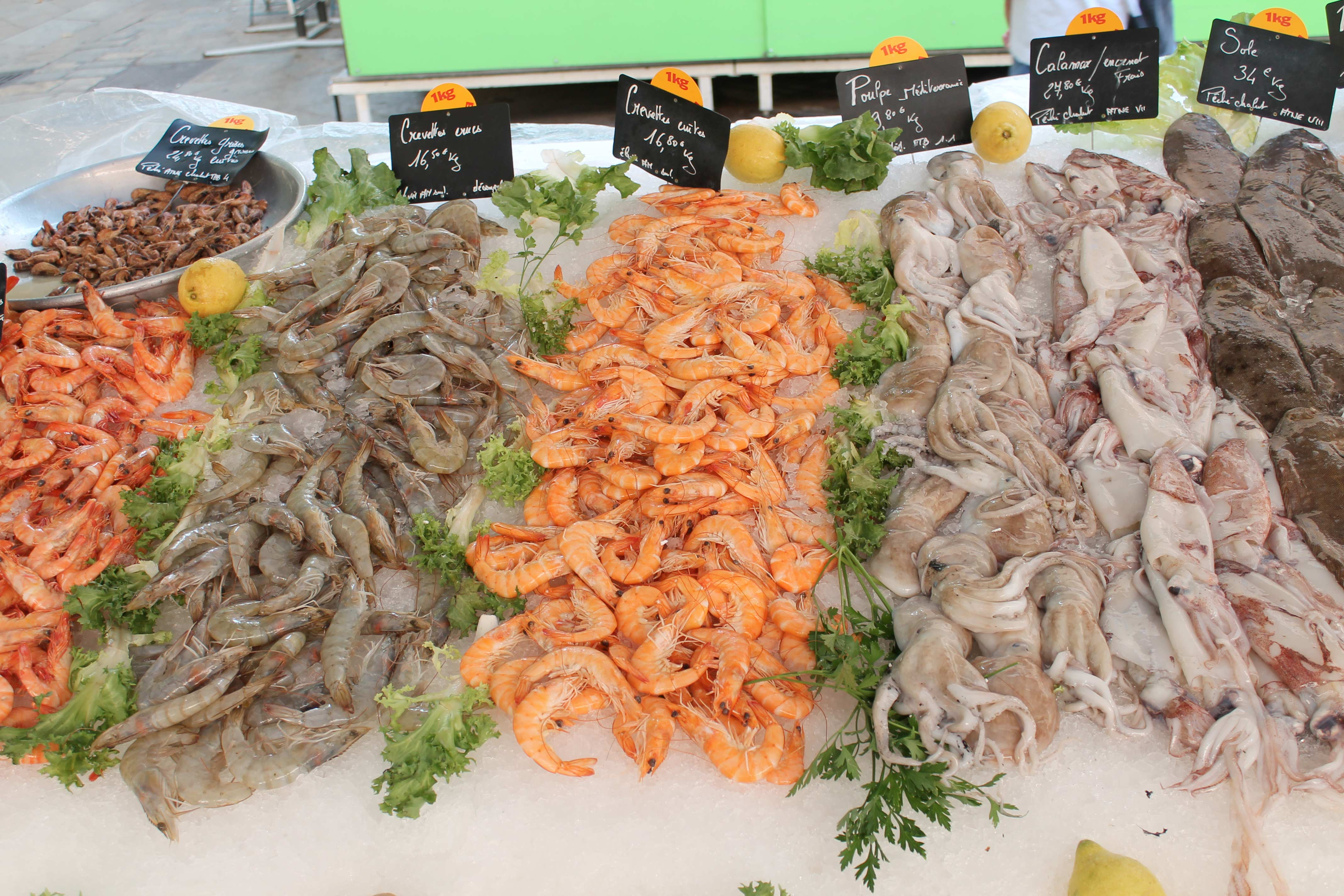 Shore excursion, seafood stall, Aix en Provence