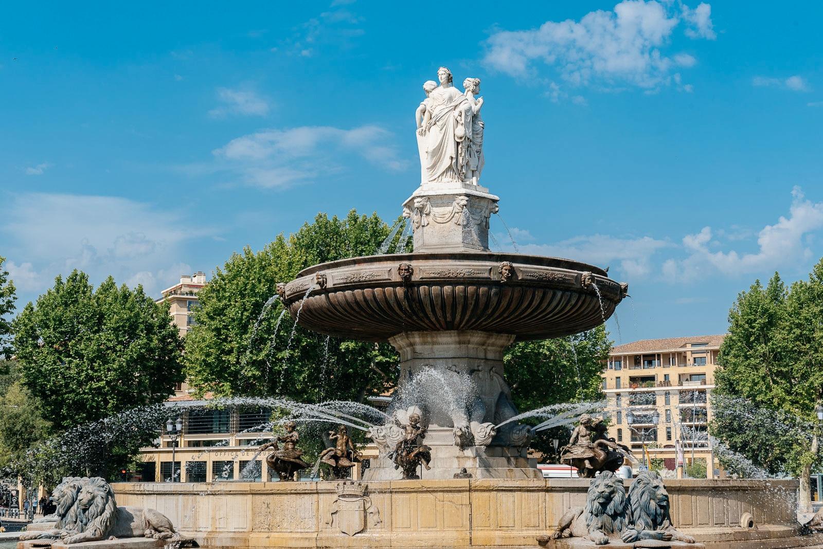Aix en Provence Fontaine de la Rotonde