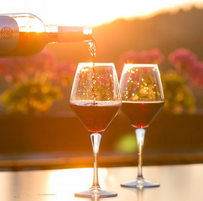 How to taste wine and develop your palate
