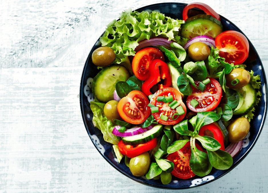 pairing mixed salad and wine